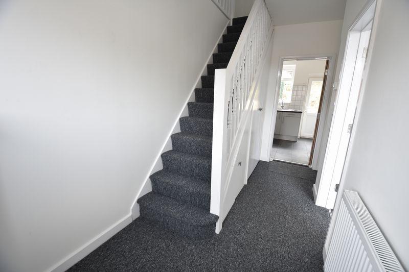 3 bedroom Mid Terrace to rent in Baker Street, Luton - Photo 7