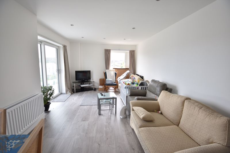 2 bedroom  to rent in Stirling Drive, Luton - Photo 11