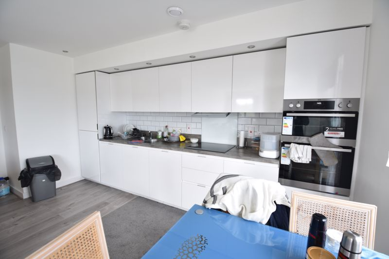 2 bedroom  to rent in Stirling Drive, Luton - Photo 15