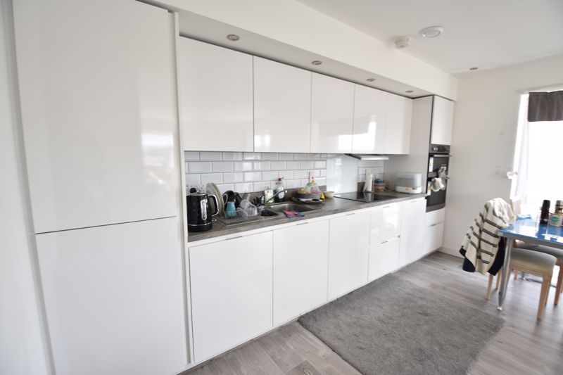 2 bedroom  to rent in Stirling Drive, Luton - Photo 18
