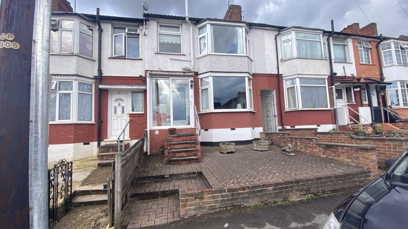 3 bedroom Mid Terrace to buy in Runley Road, Luton