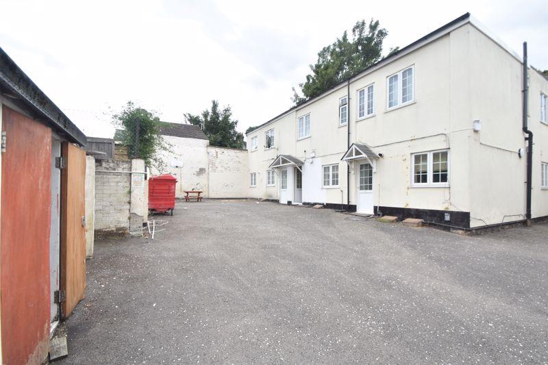 1 bedroom Flat to buy in Ashton Road, Luton - Photo 4
