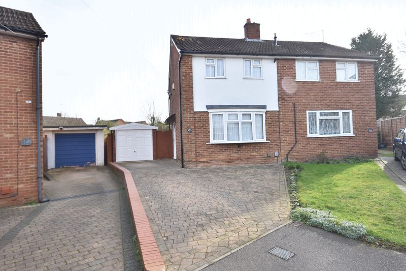 2 bedroom Semi-Detached  to buy in Lilac Grove, Luton