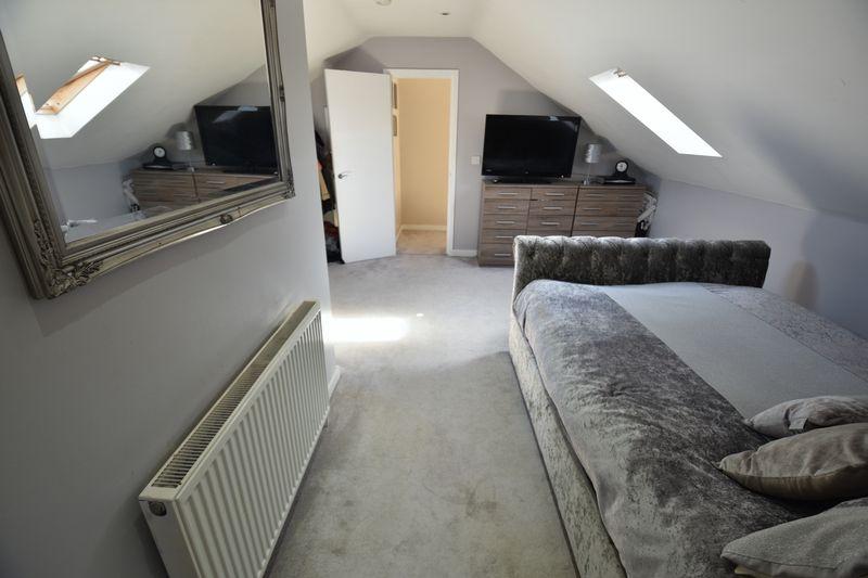 2 bedroom Flat to buy in Victoria Street, Dunstable - Photo 6