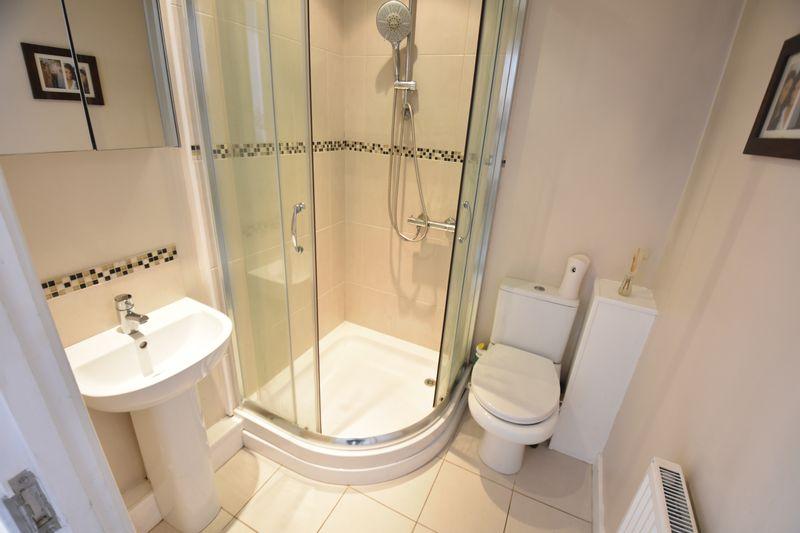 2 bedroom Flat to buy in Victoria Street, Dunstable - Photo 8