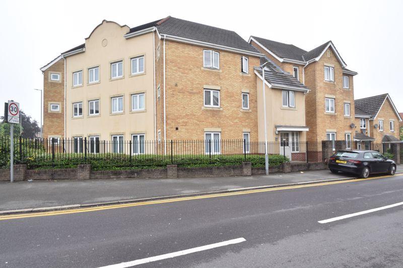 2 bedroom Apartment / Studio to buy in Linden Road, Luton