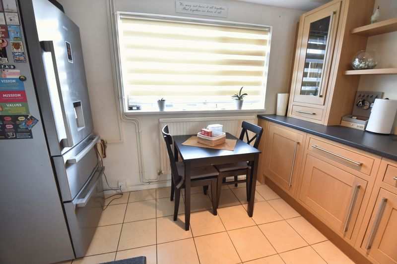 3 bedroom End Terrace to buy in Luton Road, Caddington - Photo 11