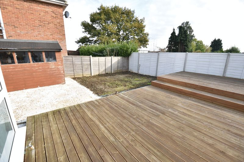 3 bedroom End Terrace to buy in Luton Road, Caddington - Photo 12