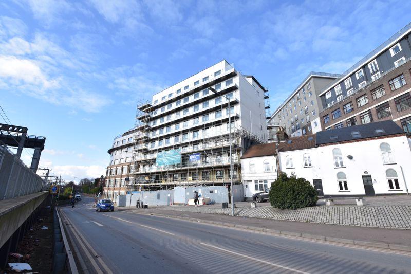 1 bedroom  to buy in 142 Midland Road , Luton