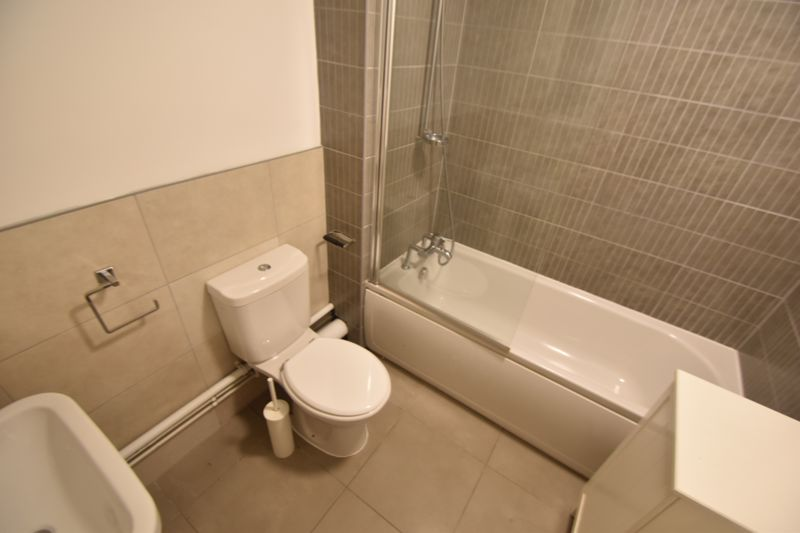 2 bedroom  to rent in Knights Field, Luton - Photo 16