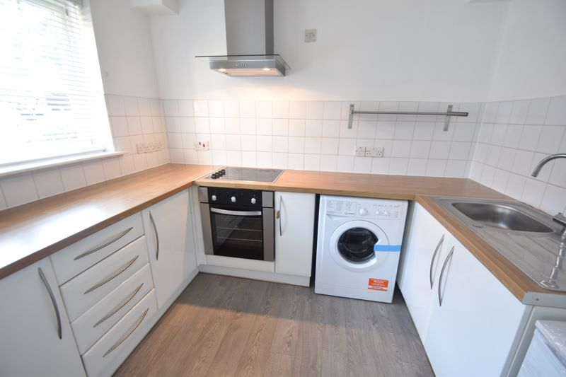 2 bedroom  to rent in Knights Field, Luton - Photo 17