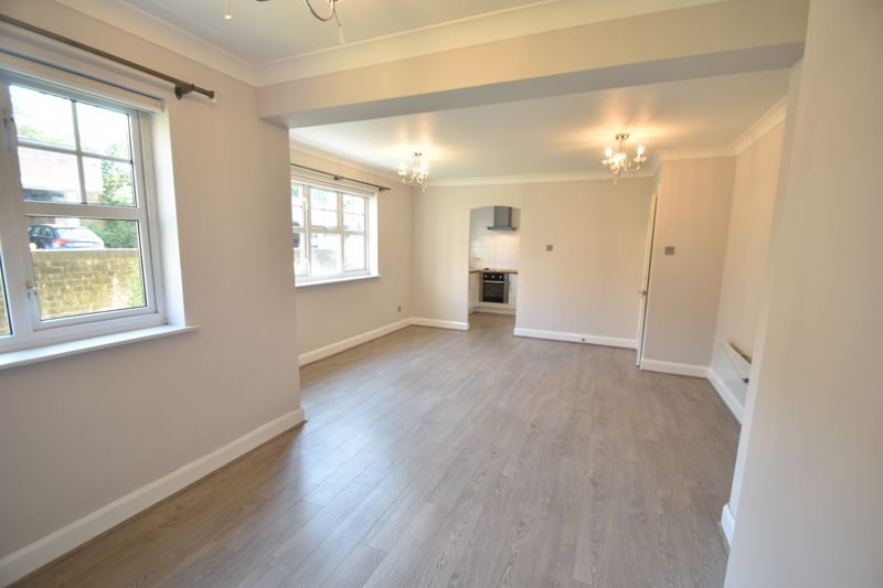 2 bedroom  to rent in Knights Field, Luton - Photo 23