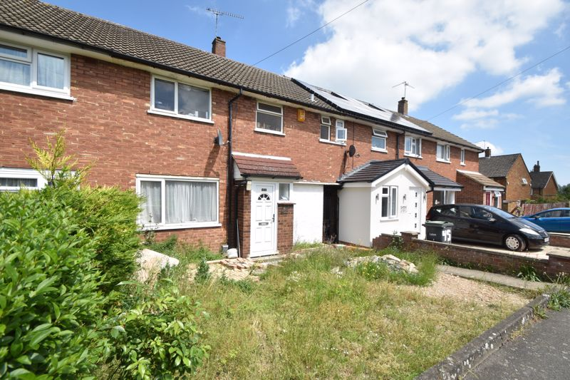 3 bedroom Mid Terrace to buy in Duncombe Close, Luton