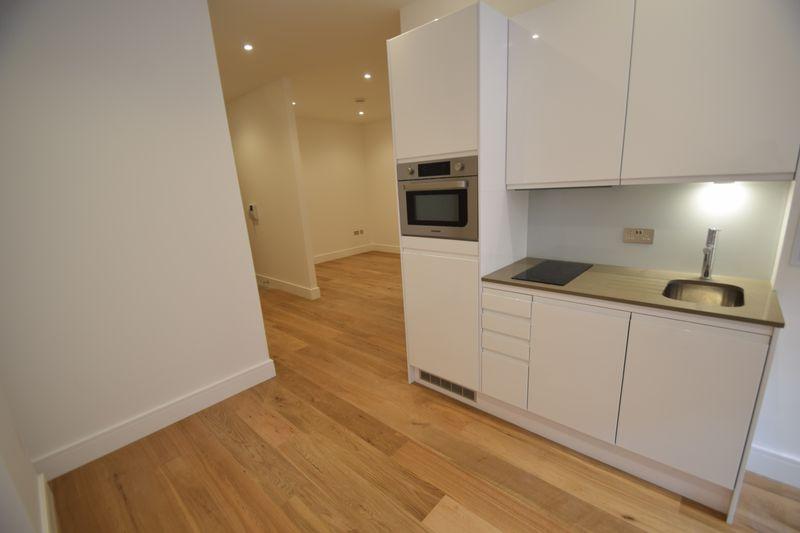 1 bedroom Flat to rent in Park Street West, Luton - Photo 7