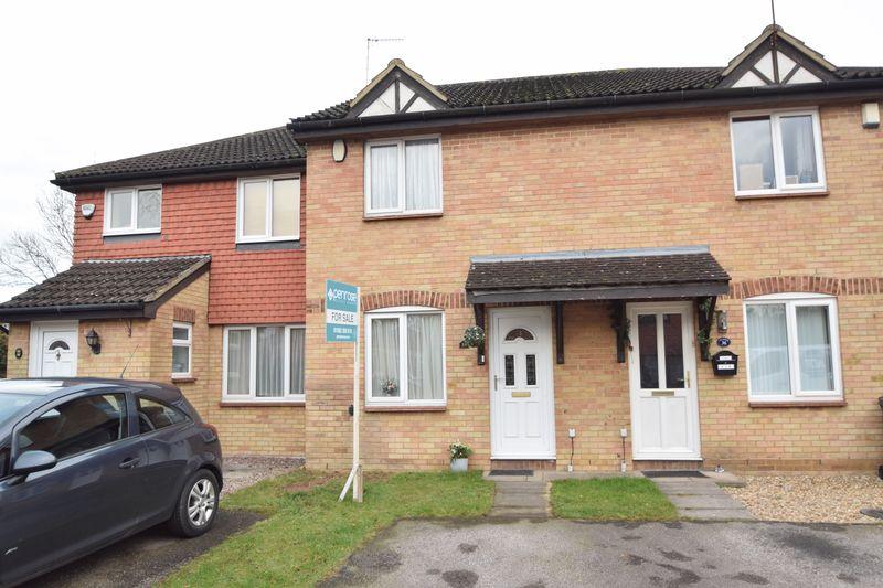 2 bedroom Mid Terrace to buy in Elveden Close, Luton