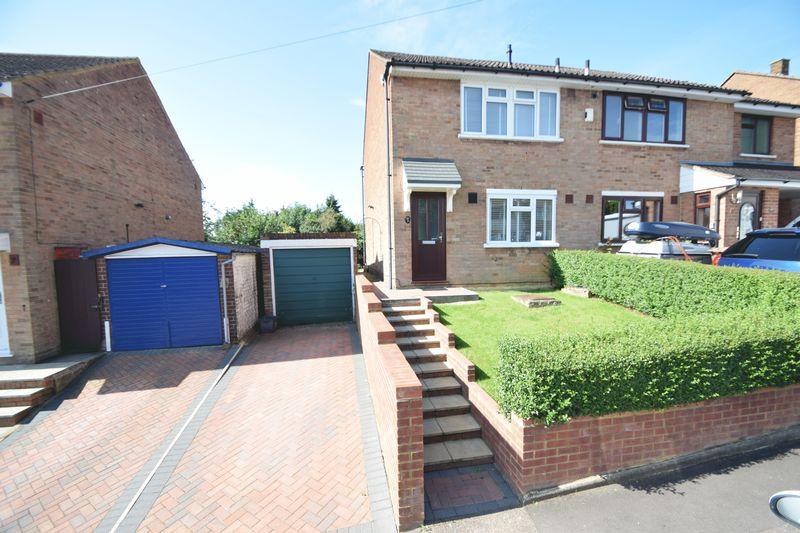 3 bedroom Semi-Detached  to buy in Dorel Close, Luton