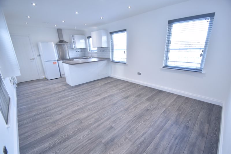 1 bedroom Flat to rent in King Street, Luton - Photo 5