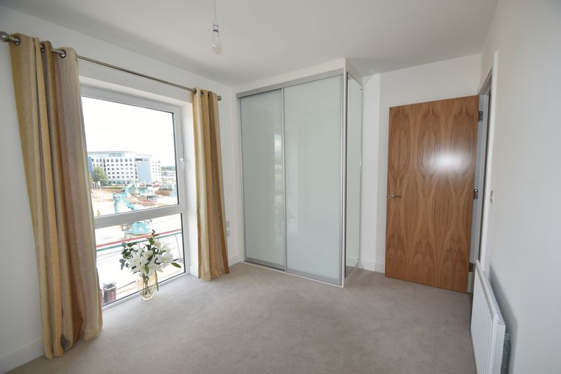 1 bedroom Flat to rent in Kimpton Road, Luton - Photo 4