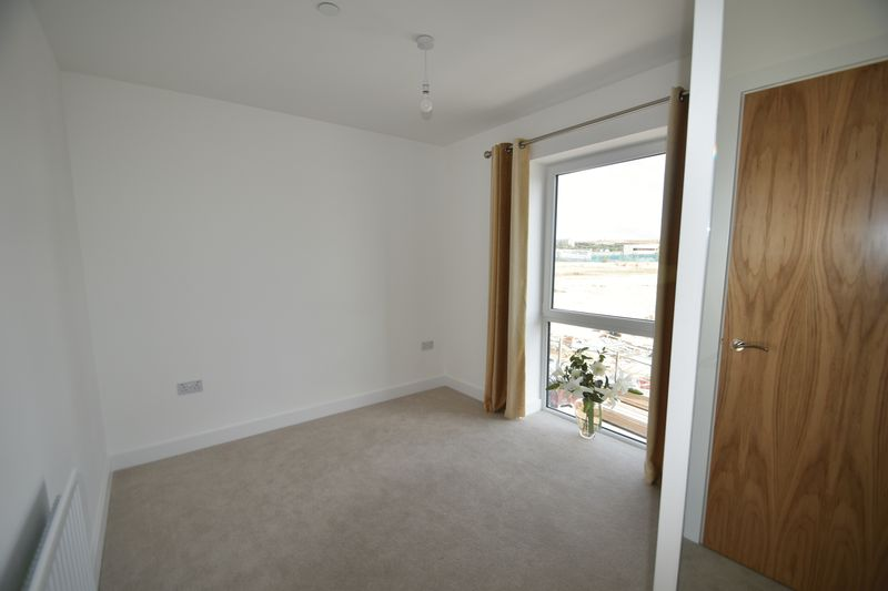 1 bedroom Flat to rent in Kimpton Road, Luton - Photo 6