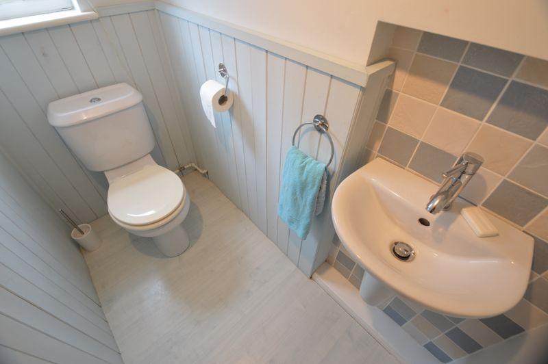3 bedroom Detached  to buy in Hazelwood Close, Luton - Photo 9