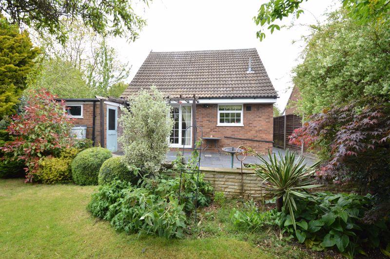 3 bedroom Detached  to buy in Hazelwood Close, Luton - Photo 21