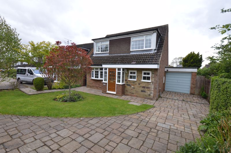 3 bedroom Detached  to buy in Hazelwood Close, Luton - Photo 17