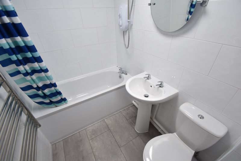 1 bedroom Flat to rent in Simpson Close, Luton - Photo 7