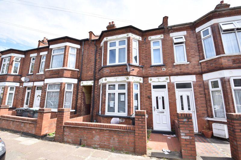 3 bedroom  to buy in Avondale Road, Luton - Photo 1