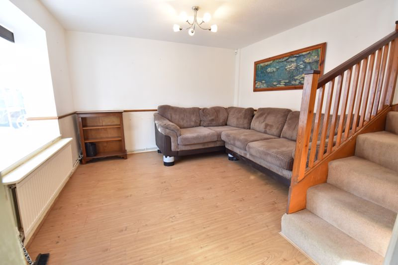 2 bedroom Semi-Detached  to buy in Somersby Close, Luton - Photo 1