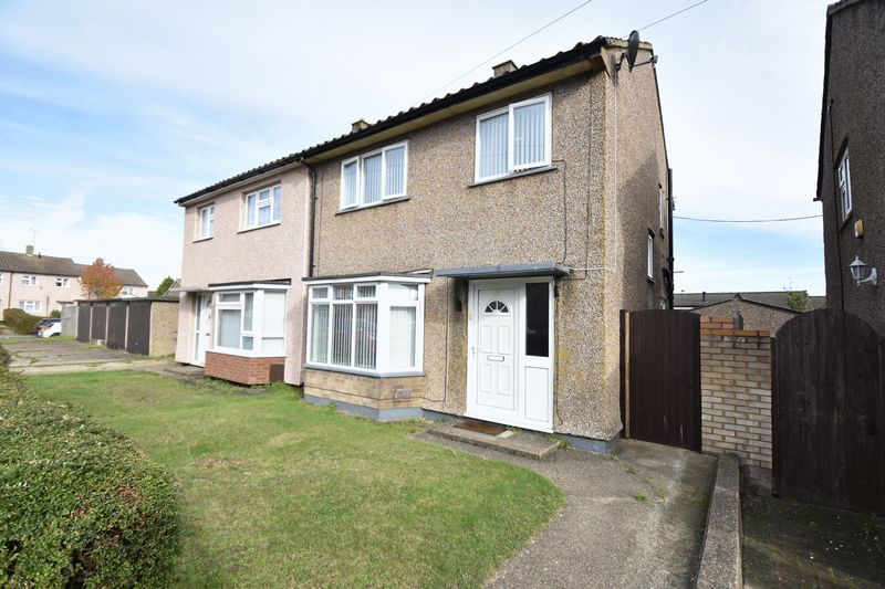 3 bedroom Semi-Detached  to buy in Purcell Road, Luton