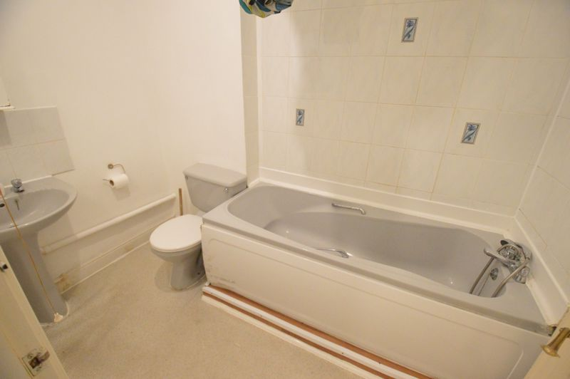 1 bedroom  to buy in 29-31, Studley Road, Luton - Photo 1