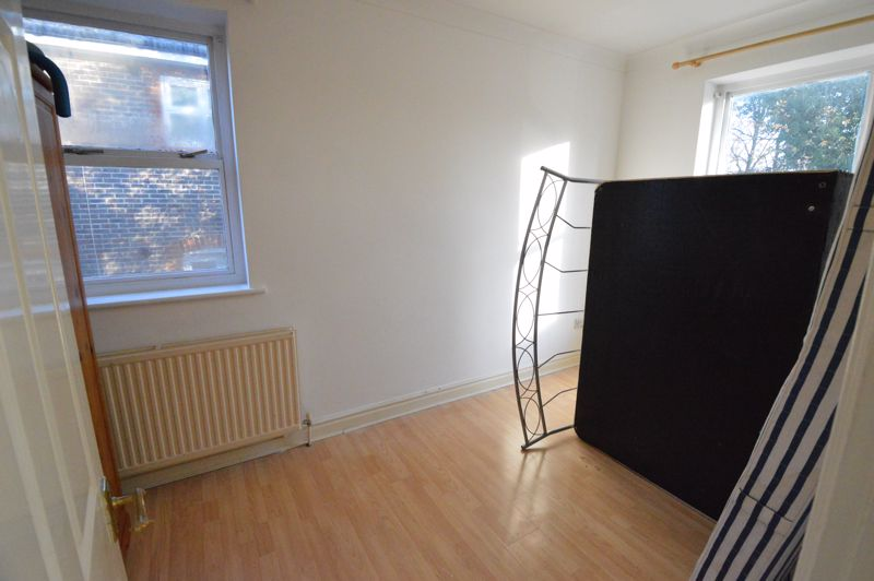 1 bedroom  to buy in 29-31, Studley Road, Luton - Photo 5