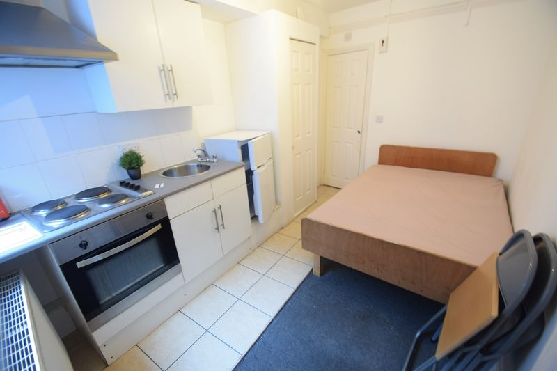 0 bedroom Flat to rent in 7a New Bedford Road, Luton