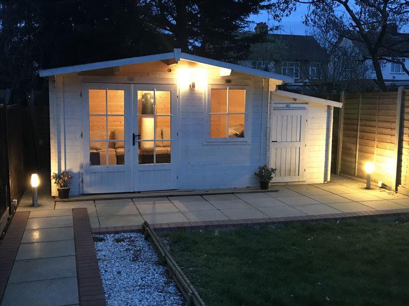 3 bedroom Semi-Detached  to buy in Alton Road, Luton - Photo 17