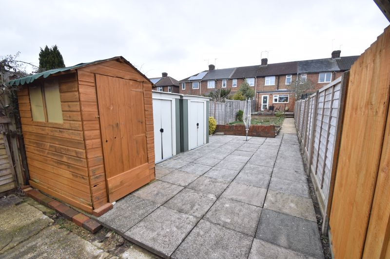 2 bedroom Mid Terrace to buy in Stapleford Road, Luton - Photo 20
