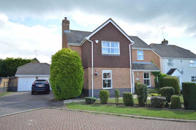 4 bedroom Detached  to buy in Broadacres, Luton