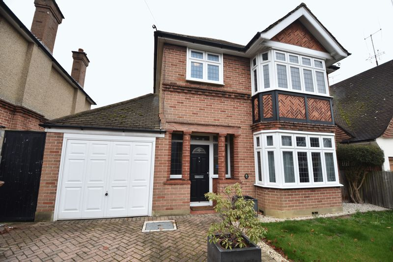 3 bedroom  to buy in Montrose Avenue, Luton