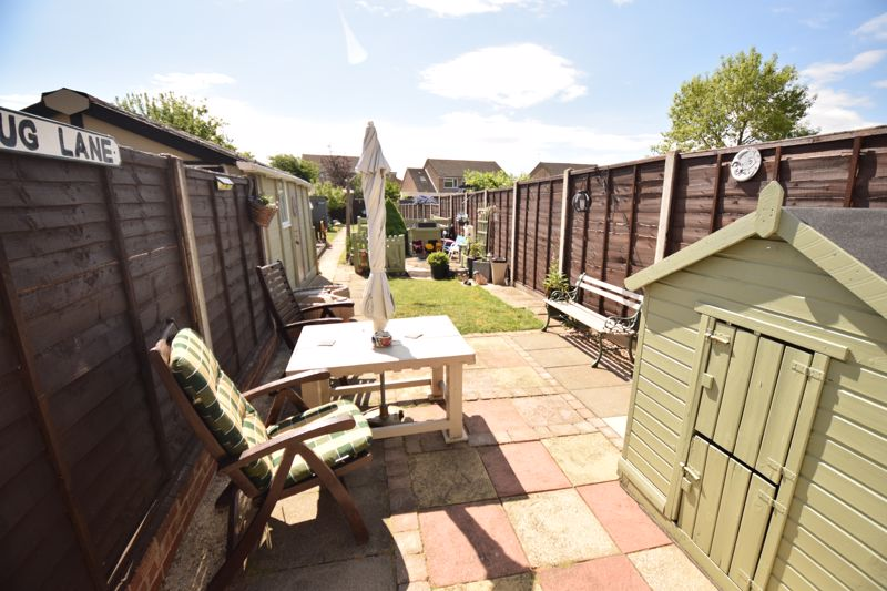 3 bedroom Semi-Detached  to buy in Chesford Road, Luton - Photo 10