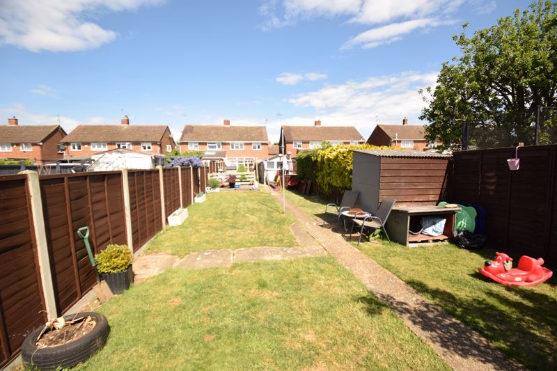 3 bedroom Semi-Detached  to buy in Chesford Road, Luton - Photo 15