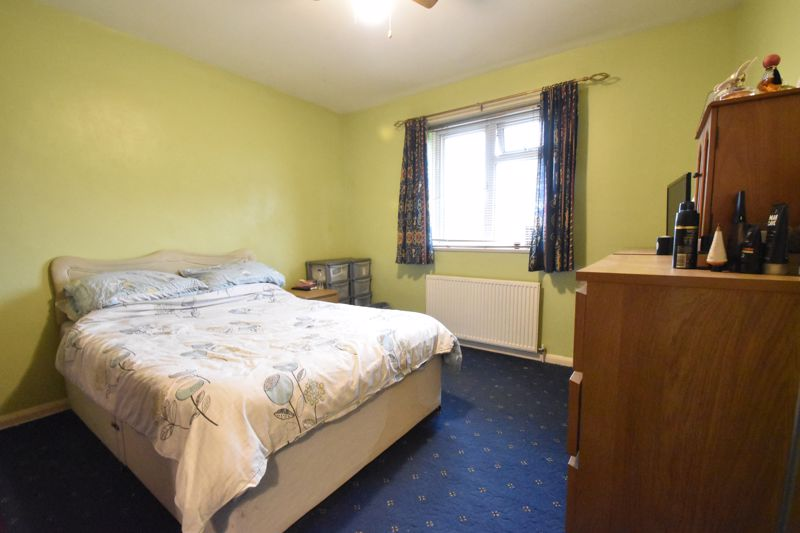 2 bedroom Flat to buy in Lalleford Road, Luton - Photo 10