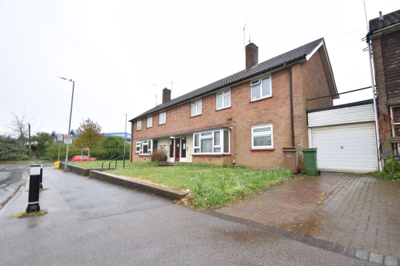 2 bedroom Flat to buy in Lalleford Road, Luton