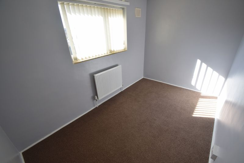 3 bedroom Semi-Detached  to rent in Littlechurch Road, Luton - Photo 8