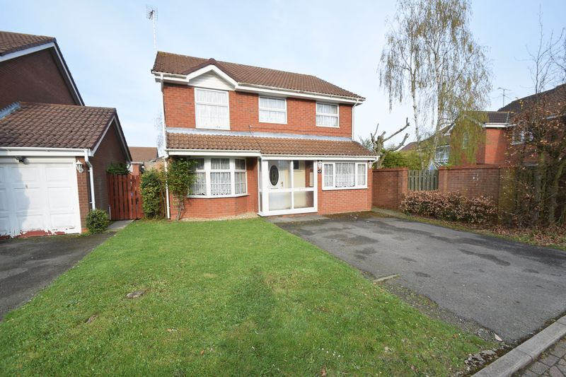 4 bedroom Detached  to buy in Sworder Close, Luton