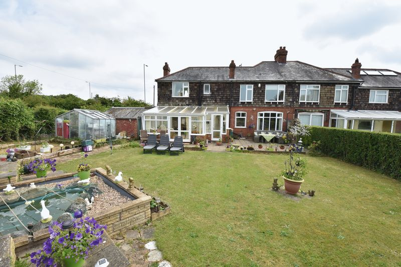 4 bedroom Semi-Detached  to buy in Barton Road, Luton - Photo 29
