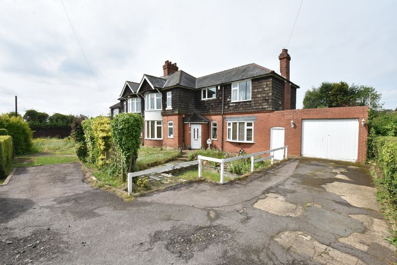 4 bedroom Semi-Detached  to buy in Barton Road, Luton - Photo 2