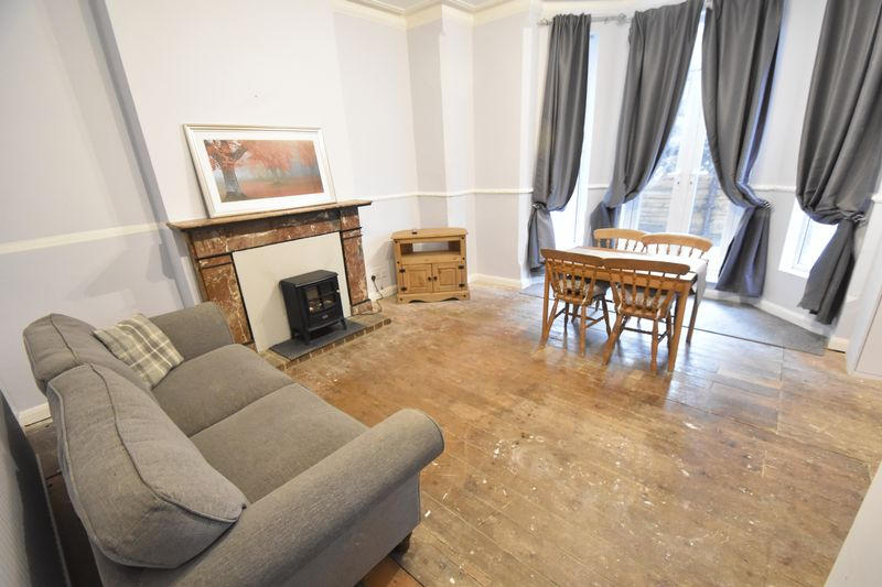 2 bedroom Flat to rent in London Road, Luton - Photo 11