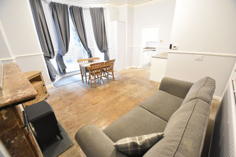 2 bedroom Flat to rent in London Road, Luton - Photo 12