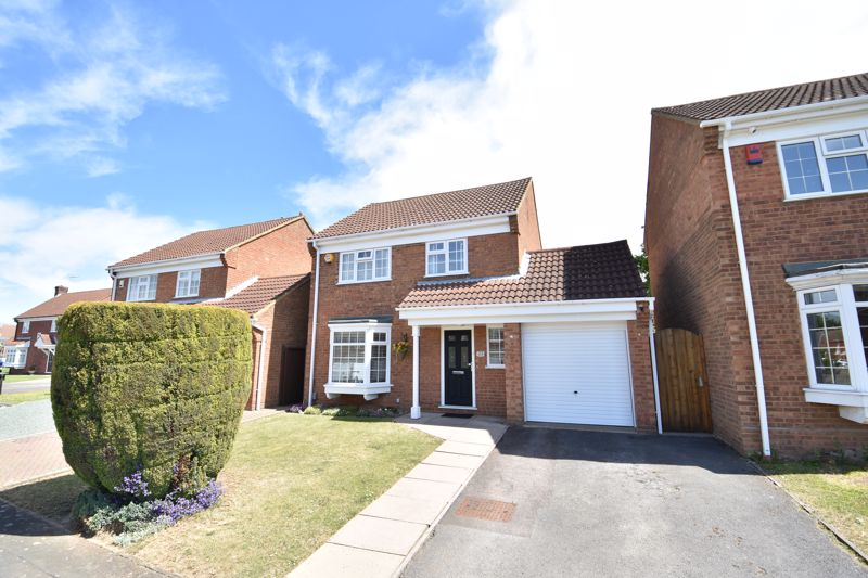 3 bedroom  to buy in Blakeney Drive, Luton