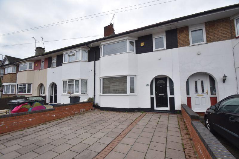 3 bedroom Mid Terrace to rent in Wilsden Avenue, Luton
