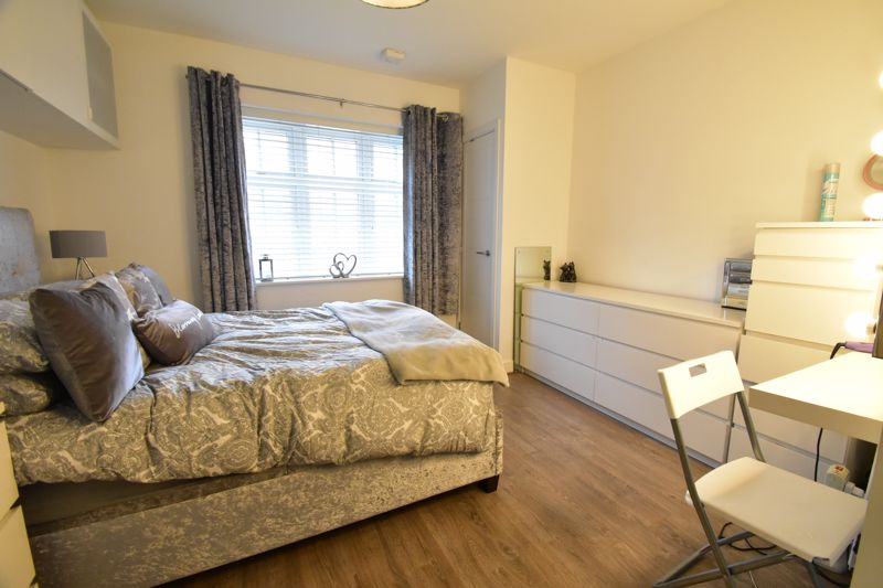 1 bedroom Apartment / Studio to buy in Armstrong Road, Luton - Photo 1